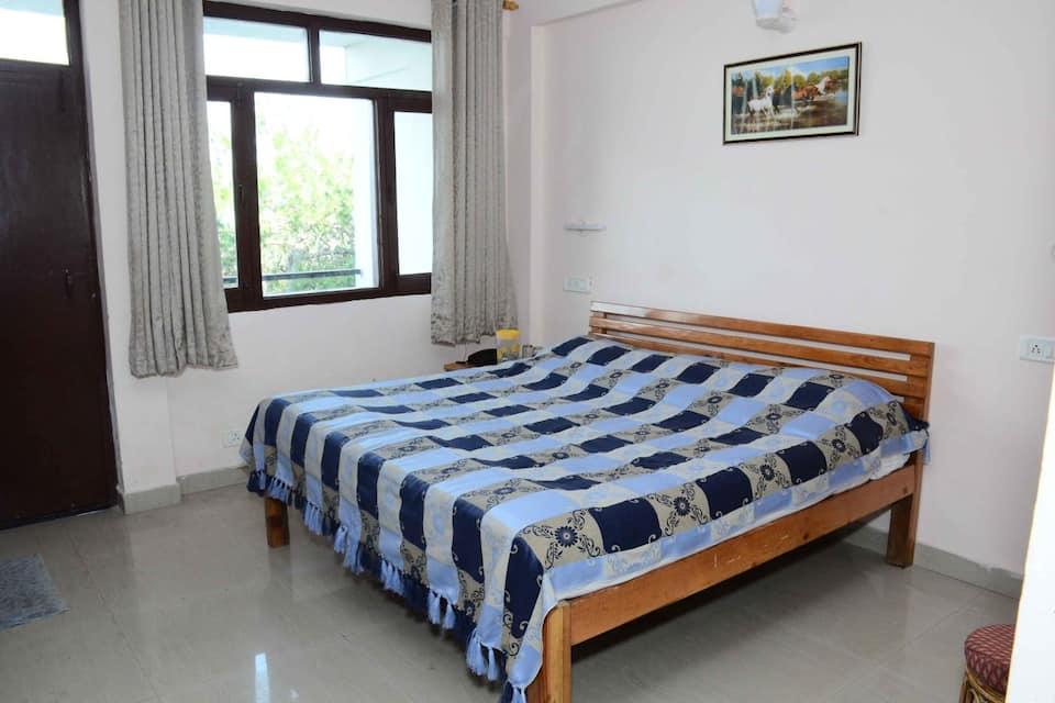 Richmond Hills Hotel, none, Hotel Richmond Hills Ranikhet