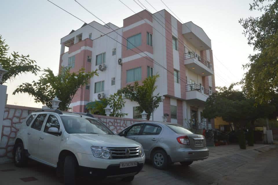Aurum, Khatipura, Aurum