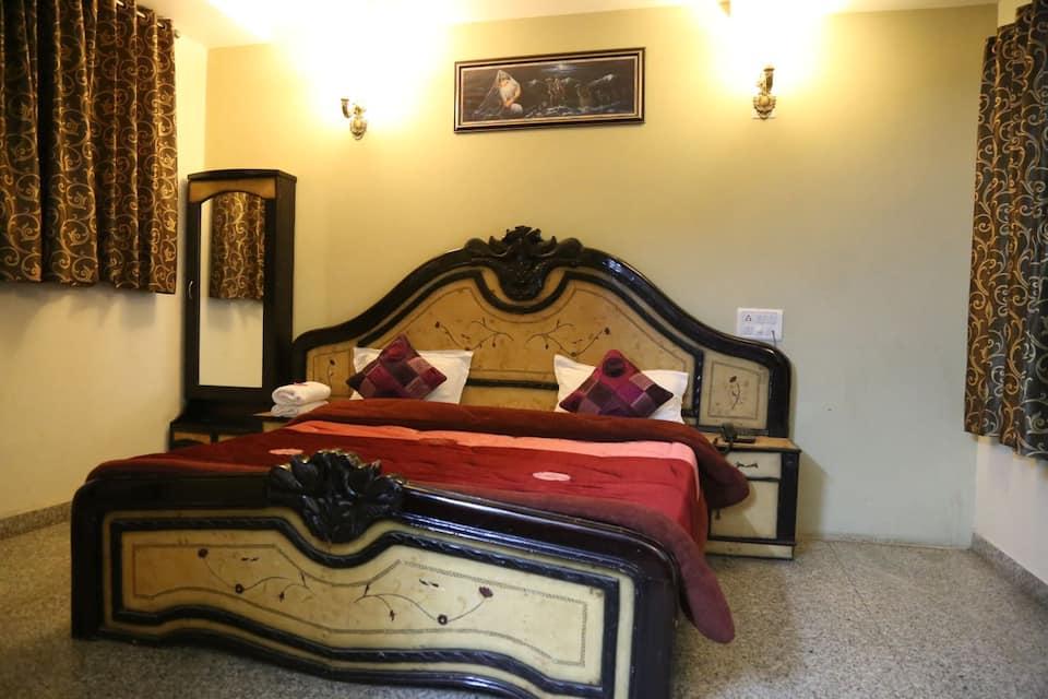 Hotel Vatsalya, Shivaji Nagar, Hotel Vatsalya