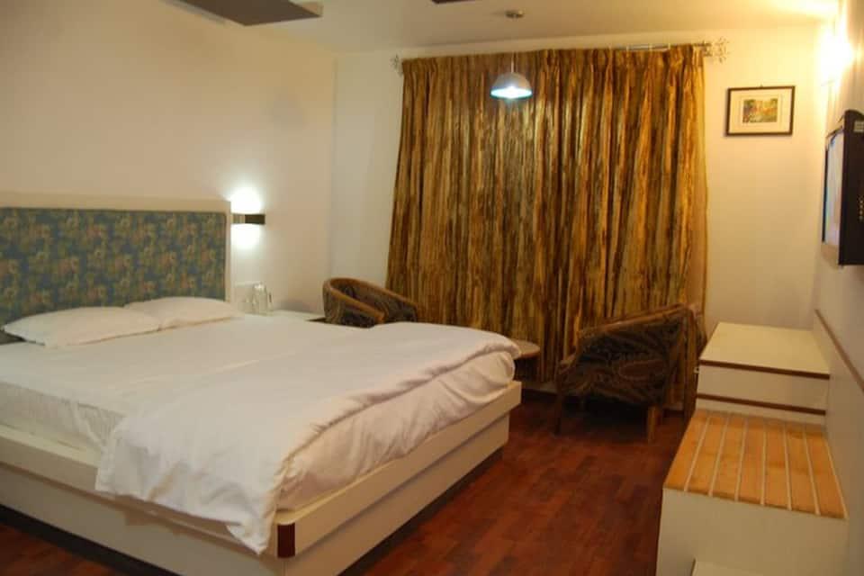 Hotel Pleasant Stay-La Flora, Bilss Villa Road, Hotel Pleasant Stay
