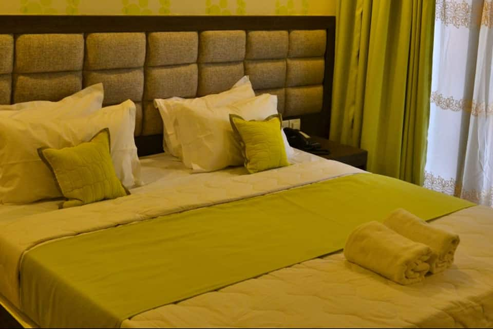 Hotel Buddha, Lahurabir, Hotel Buddha