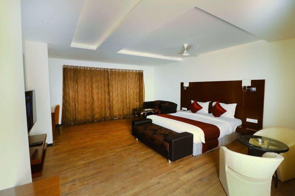 Shanti Clarks Inn Suite Ujjain, Ring Road Square, Shanti Clarks Inn Suite Ujjain