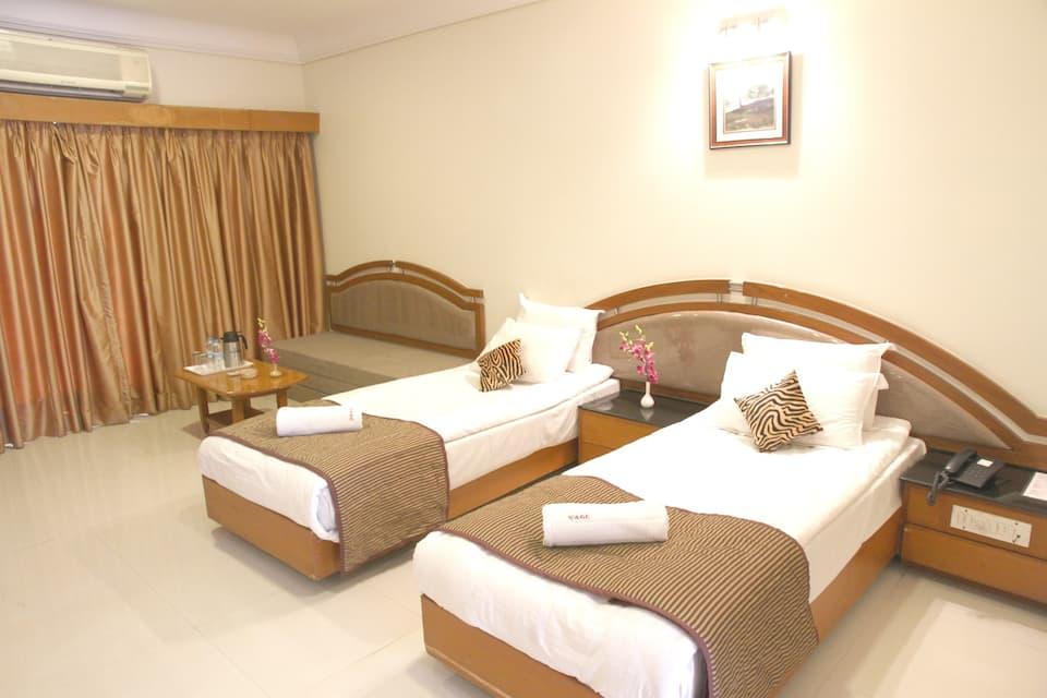 HOTEL AGC, Mukundwadi, Hotel AGC Aurangabad