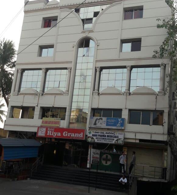 Hotel Riya Grand, Allipuram, Manikanta Grand