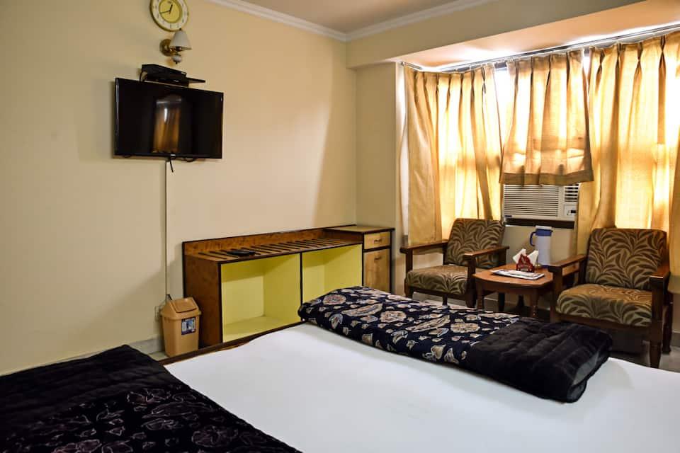 Hotel Sangam, M I Road, Hotel Sangam