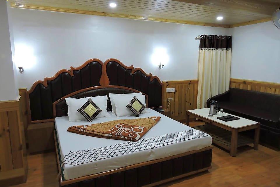 Hotel Chaman Palace, Mall Road, Hotel Chaman Palace