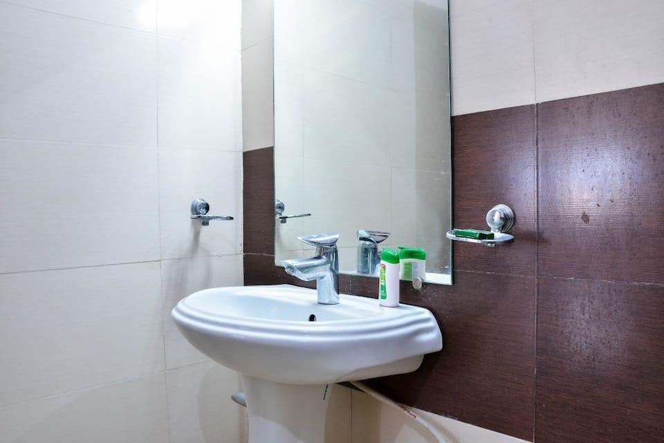 Hotel Shivansh Inn, Tapovan, Hotel Shivansh Inn