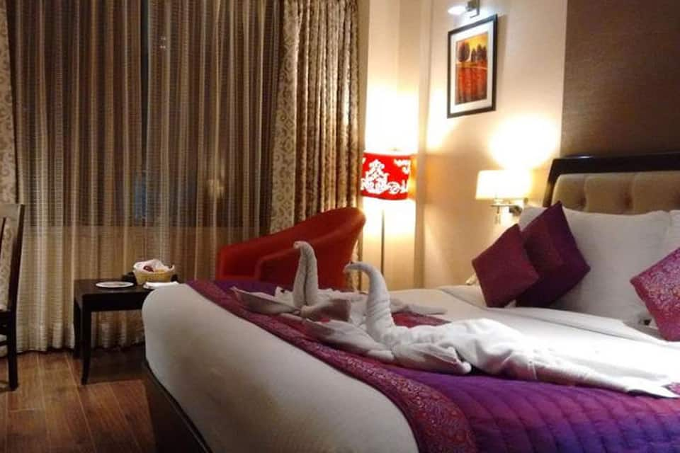 Hotel Central Blue Stone, Sector 29, Hotel Central Blue Stone by Royal Orchid Hotels