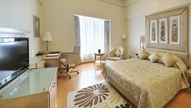 Deluxe Plaza Double Room With Breakfast