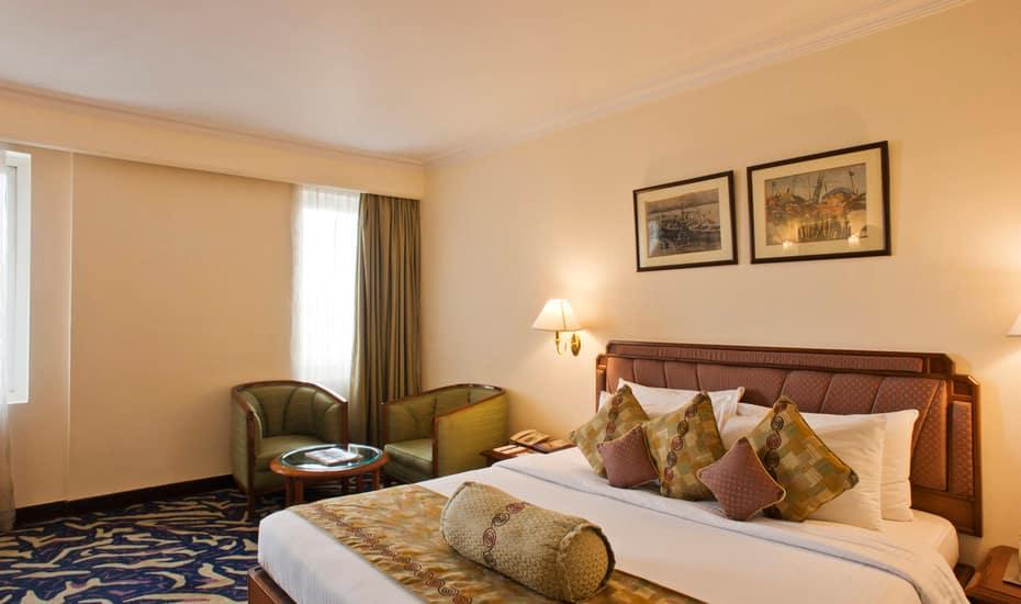 The Peerless Inn - Kolkata - A Sarovar Hotel, Park Street, The Peerless Inn