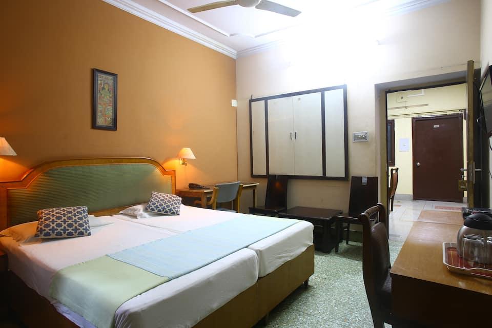Hotel Ajaya, Lahurabir, Hotel Ajaya