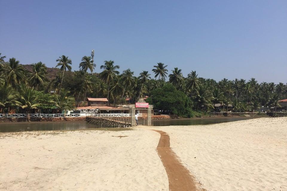 Sea Paradise Bamboo Beach Huts, Mandrem, Sea Paradise Bamboo Beach Huts