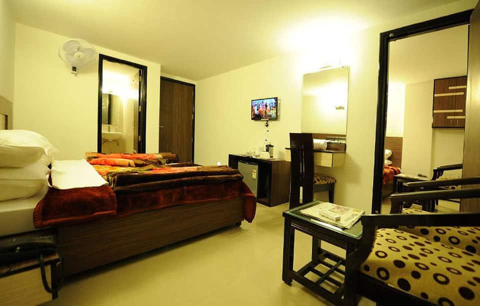 Hotel HKJ Residency, Near Golden Temple, Hotel HKJ Residency