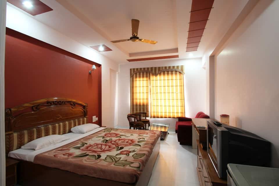 Hotel Chanakya, Shaid Nagar Crossing, Hotel Chanakya
