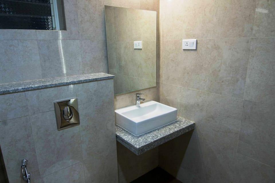 Sinq Abode, Dona Paula, Hotel Abode