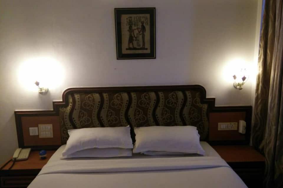 Hotel Arch Manor, M P Nagar, Hotel Arch Manor
