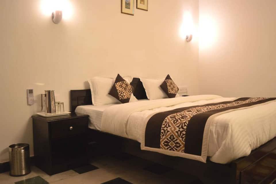 Hotel Priya, Fatehabad Road, Hotel Priya