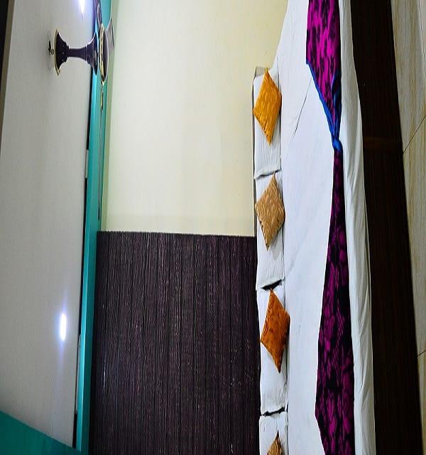 Hotel Bholenath, none, Hotel Bholenath