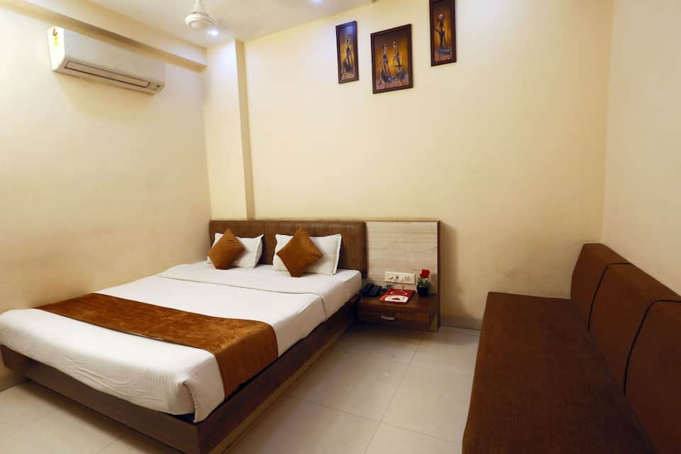 Deluxe Single Room Only