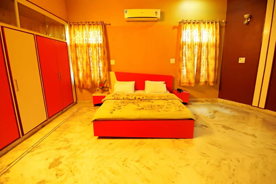 Hotel Kinza, Fateh Sagar Lake, Hotel Kinza