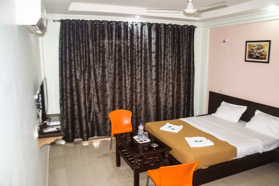 Hotel Om Palace, Karla, Hotel Om Palace
