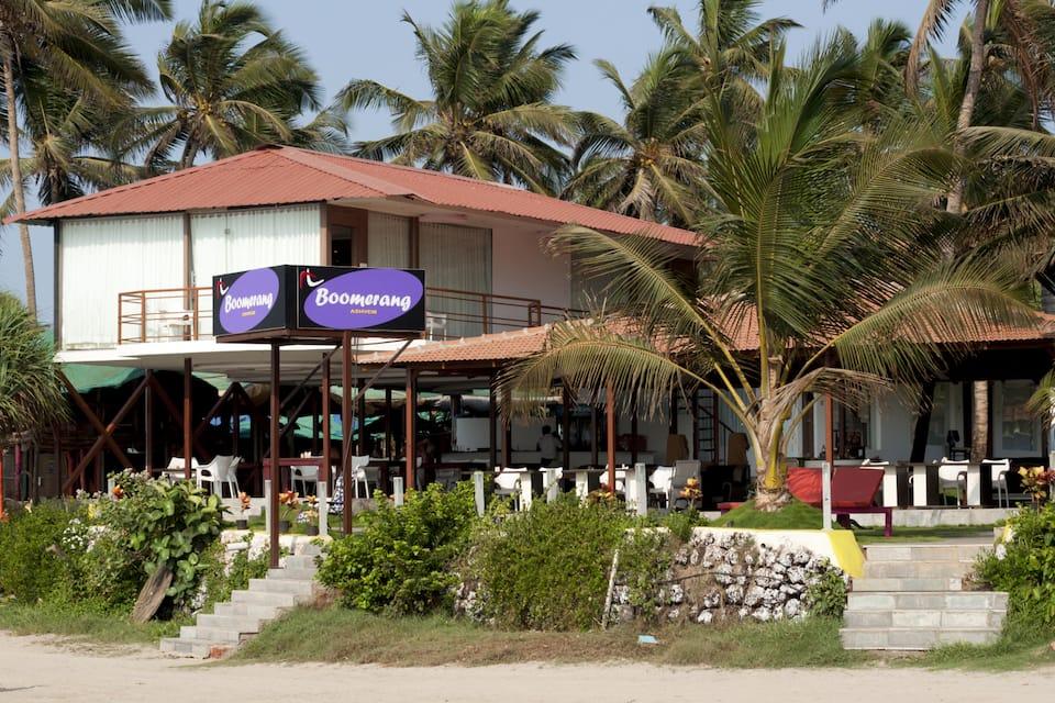 Boomerang Resort, Morjim, Boomerang Resort