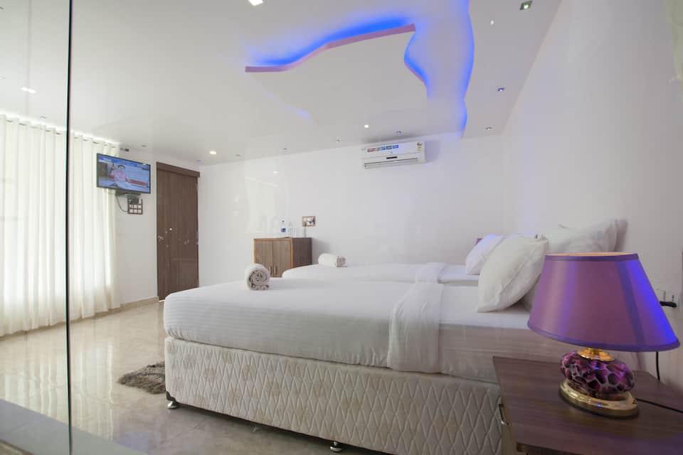 Boomerang Resort, Beach Road, Boomerang Resort