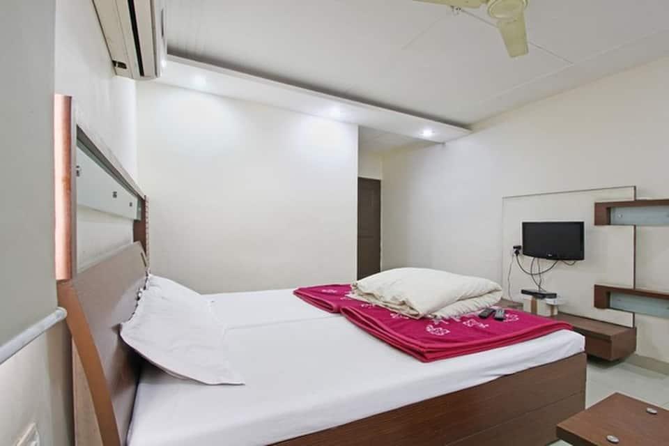 Hotel Maharaja, Bhadur House, Hotel Maharaja