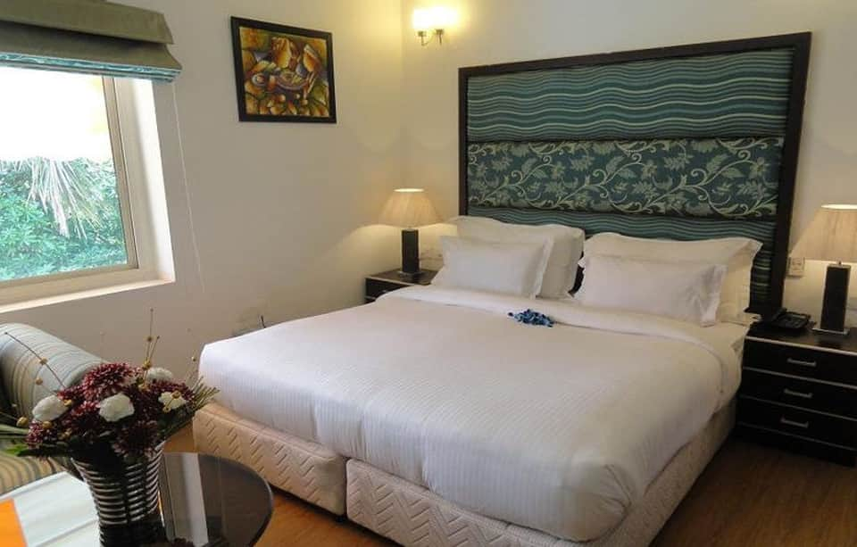Executive Deluxe Double Room With Breakfast