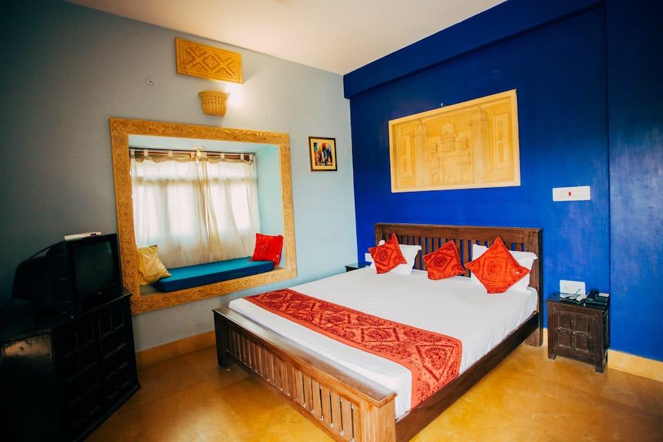 Hotel Prithvi Palace, Hanuman Circle, Hotel Prithvi Palace