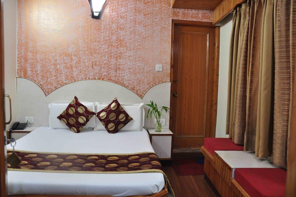 Hotel Sidharath, Ram Bazar, Hotel Sidharath