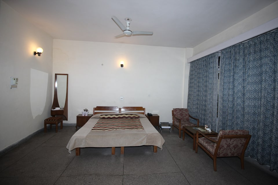 HPTDC Hotel The Kunal, none, HPTDC Hotel The Kunal