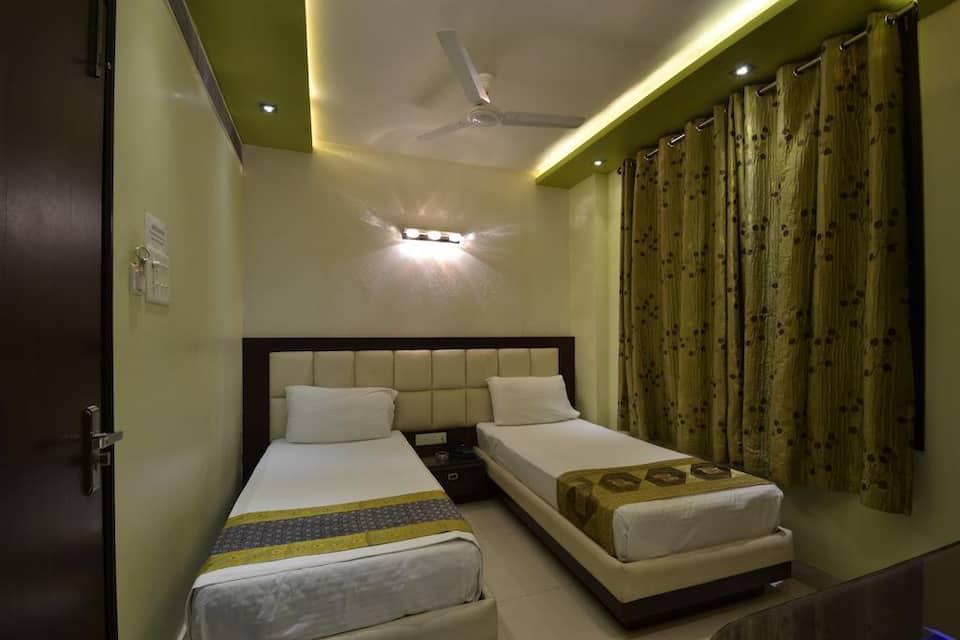 Central Residency Hotel, Sigra Thana Road, Central Residency Hotel
