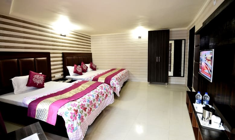 Hotel Cloud 7, Mallital, Hotel Cloud 7