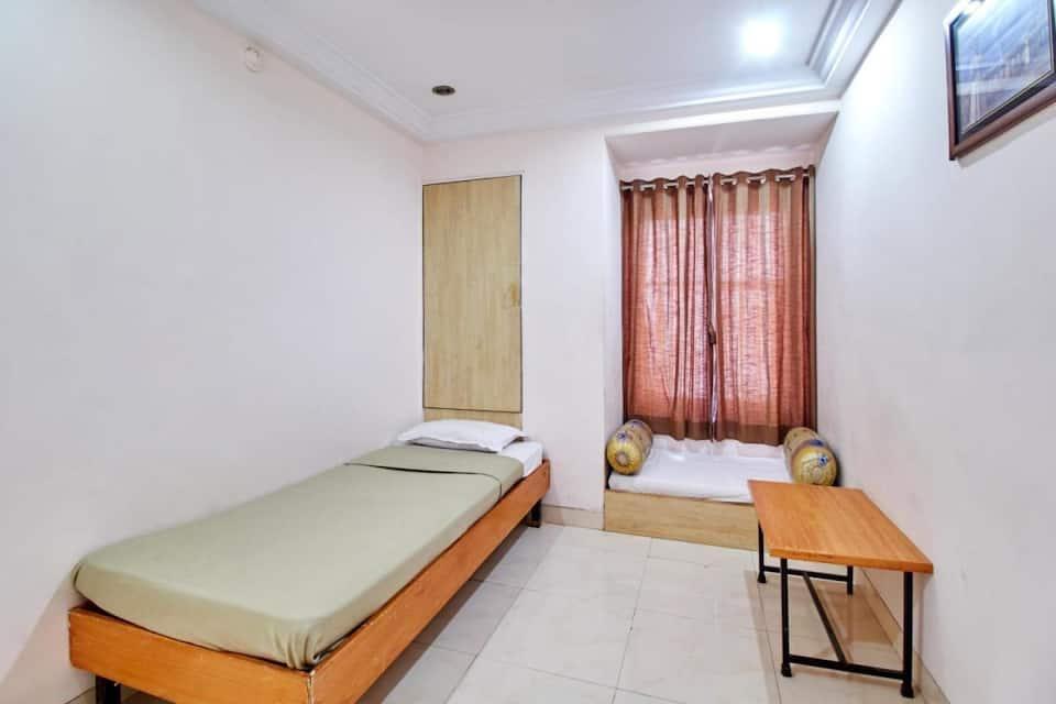 Hotel Kala Sai, Near Temple, Hotel Kala Sai