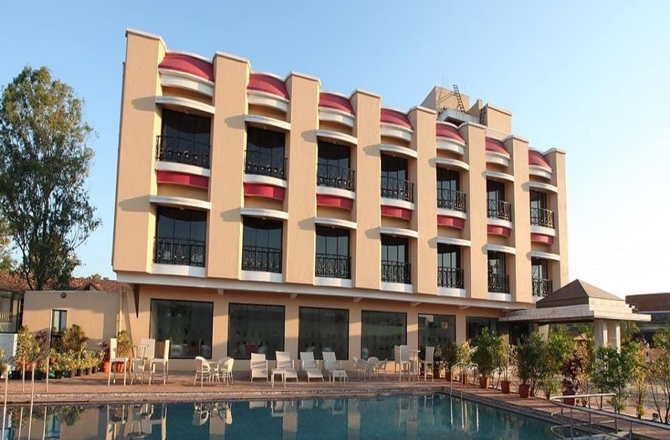 Hotel Aristro, Valvan, Hotel Aristro