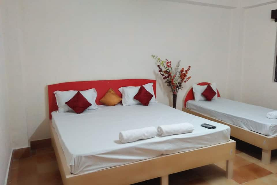 Pleasant Hill Residency, Arithang Road,  Pleasant Hill Residency