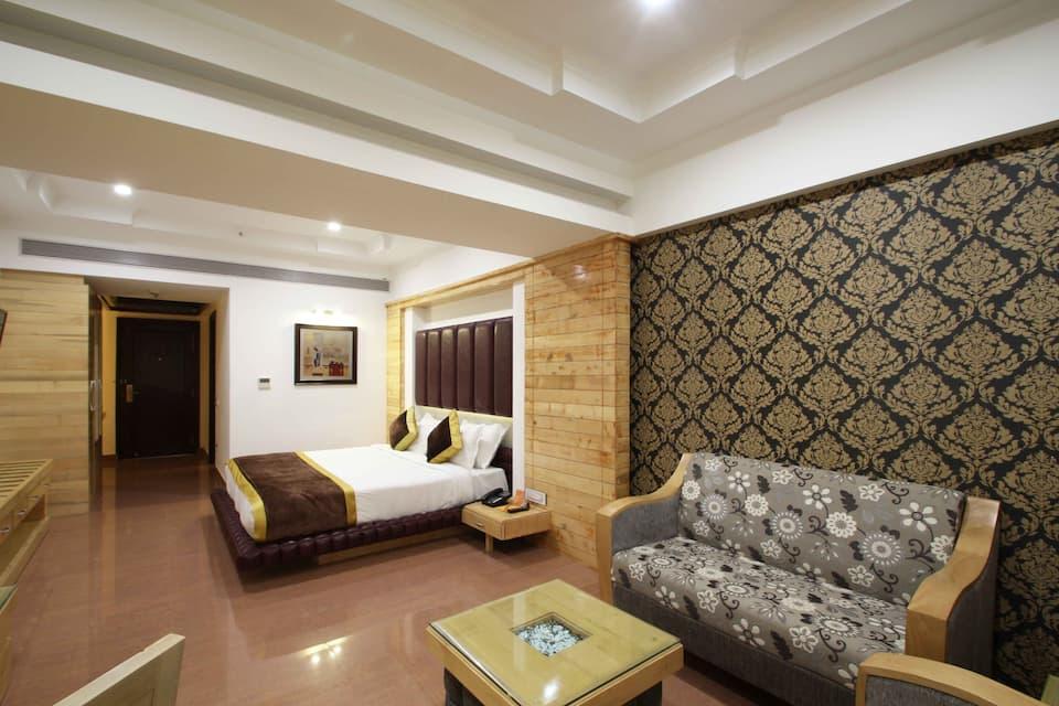 Hotel Saffron Leaf, GMS Road, Hotel Saffron Leaf