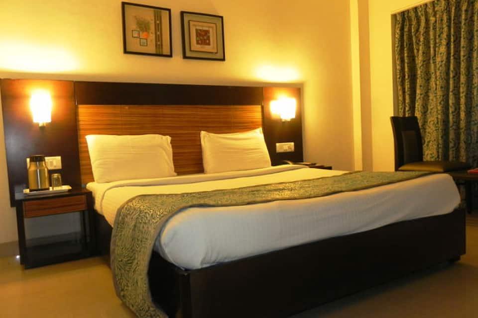 Hotel Reeva Regency, Near Temple, Hotel Reeva Regency