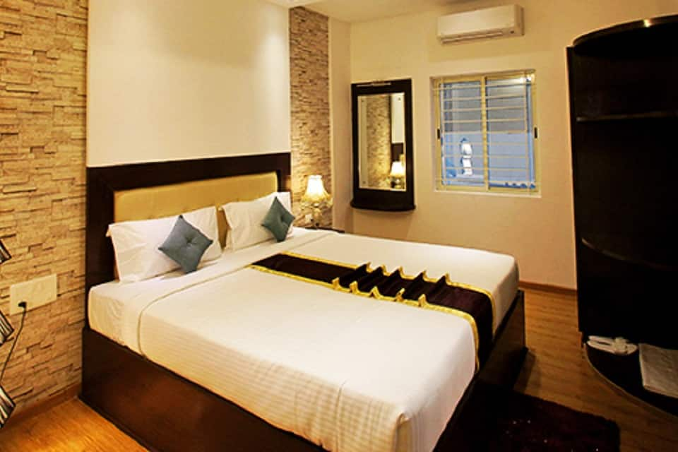 Signature Room Double with Free Breakfast and Wifi
