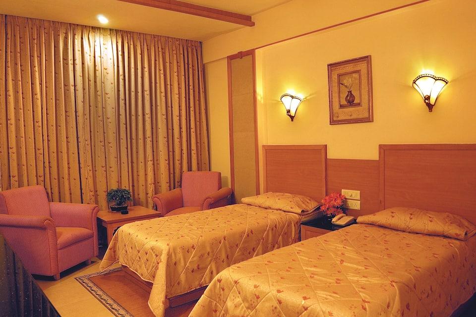 Hotel Roopa, Bangalore-Nilgiri Road, Hotel Roopa