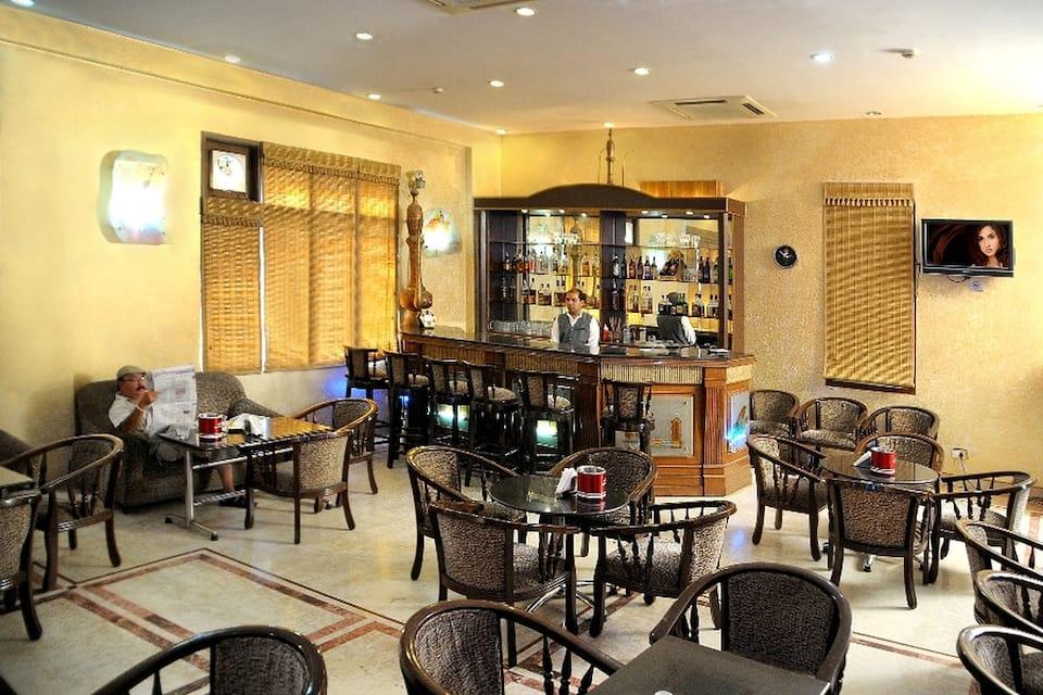 Hotel Ganga Ratan, Fatehabad Road, Hotel Ganga Ratan