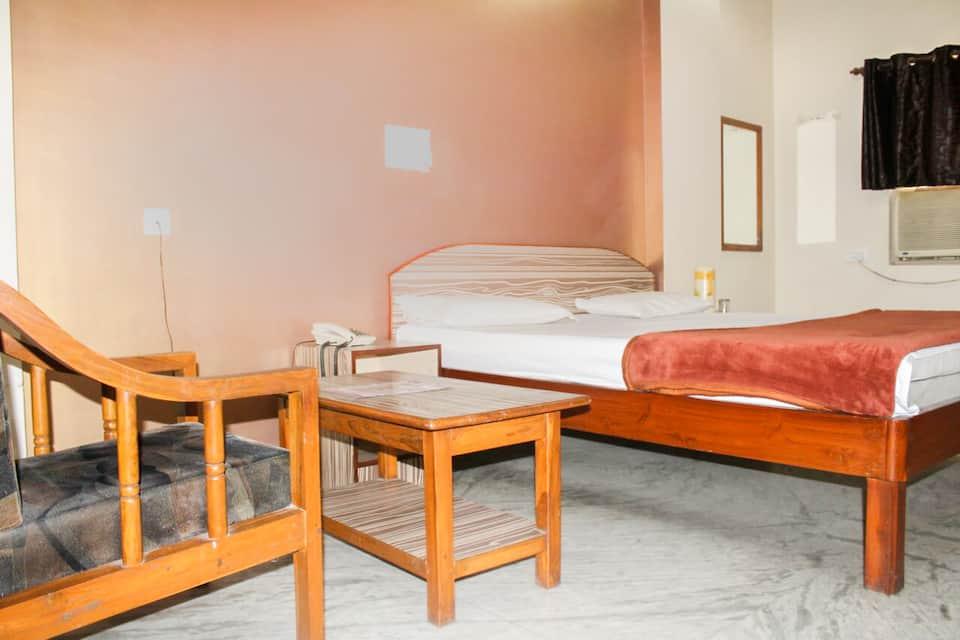 Hotel Arjun, Ganesh Peth, Hotel Arjun