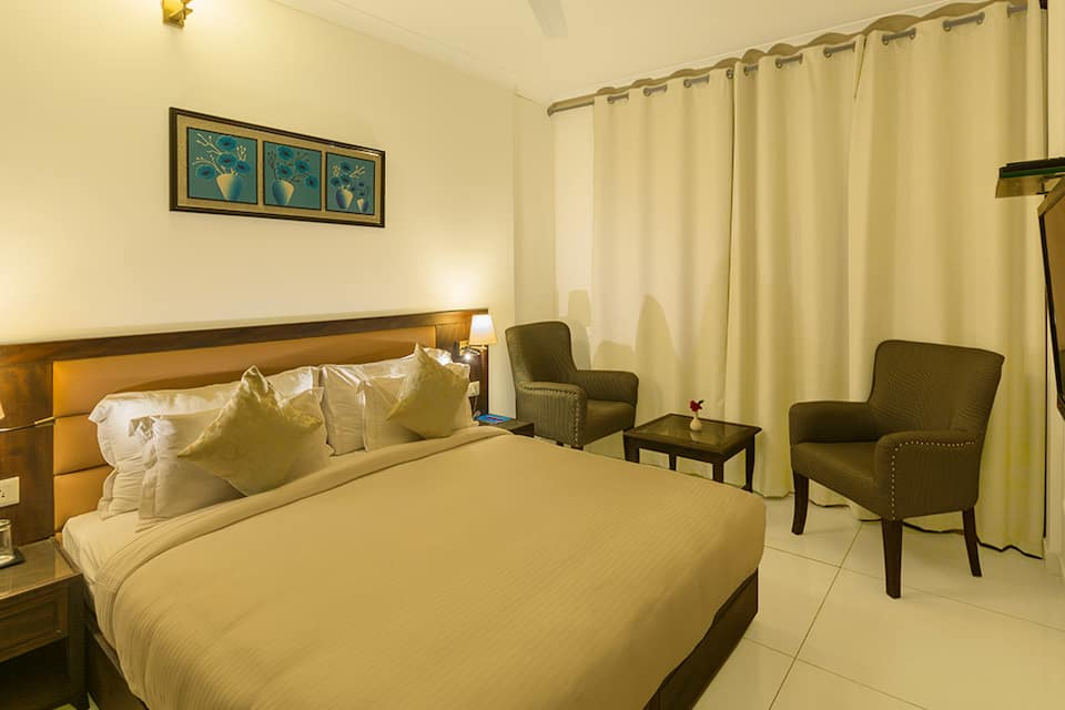Deluxe Non Ganga Facing Room - Room Only