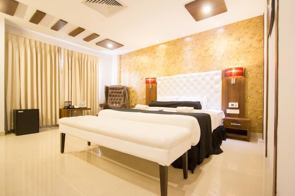 The Dawn Hotel, Bannimantap, FabHotel Dawn Mysore