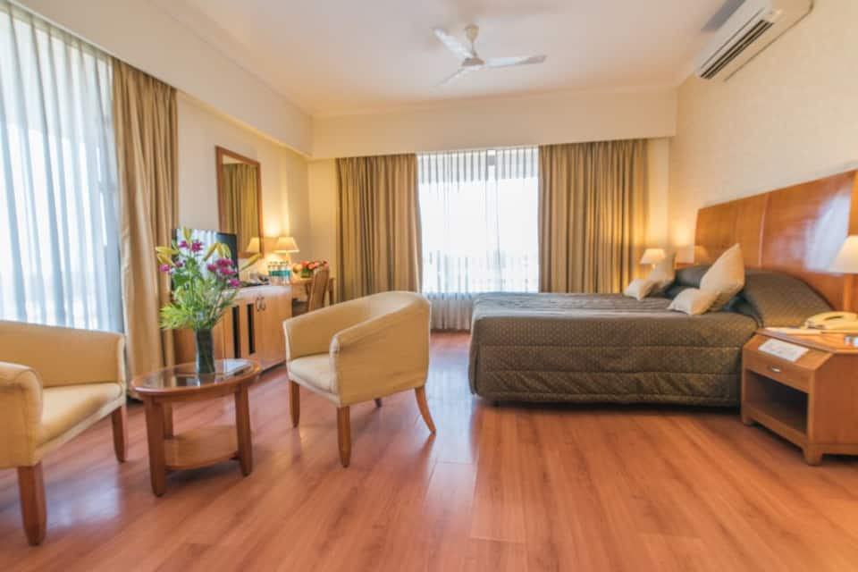 Sai Vishram Business Hotel, Hebbagodi, Sai Vishram Business Hotel