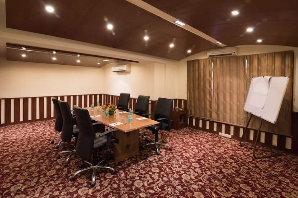 Sai Vishram Business Hotel, Hebbagodi, Sai Vishram Business Hotel