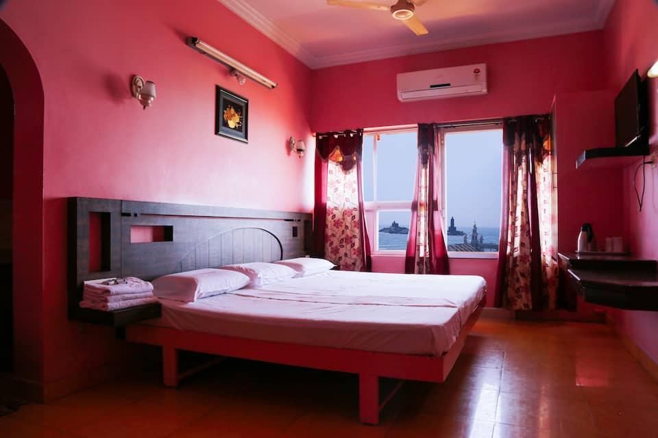 Hotel Maadhini, East Car Street, Hotel Maadhini