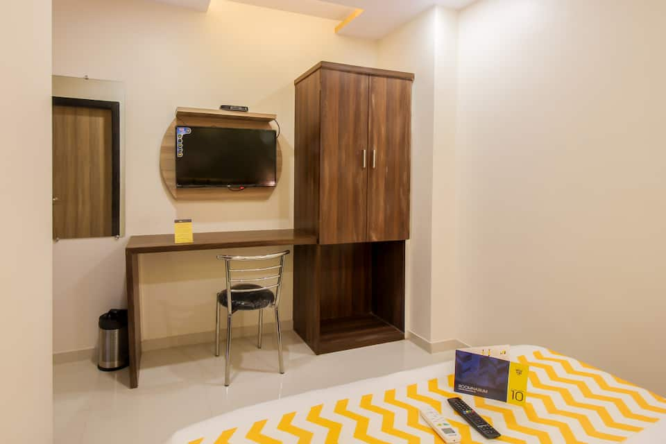 Hotel Hill Park, Rama Talkies Junction, FabHotel Hill Park Mumbai Airport