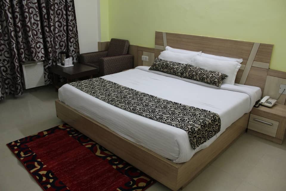 Hotel Jagdambay, , Hotel Parin Katra